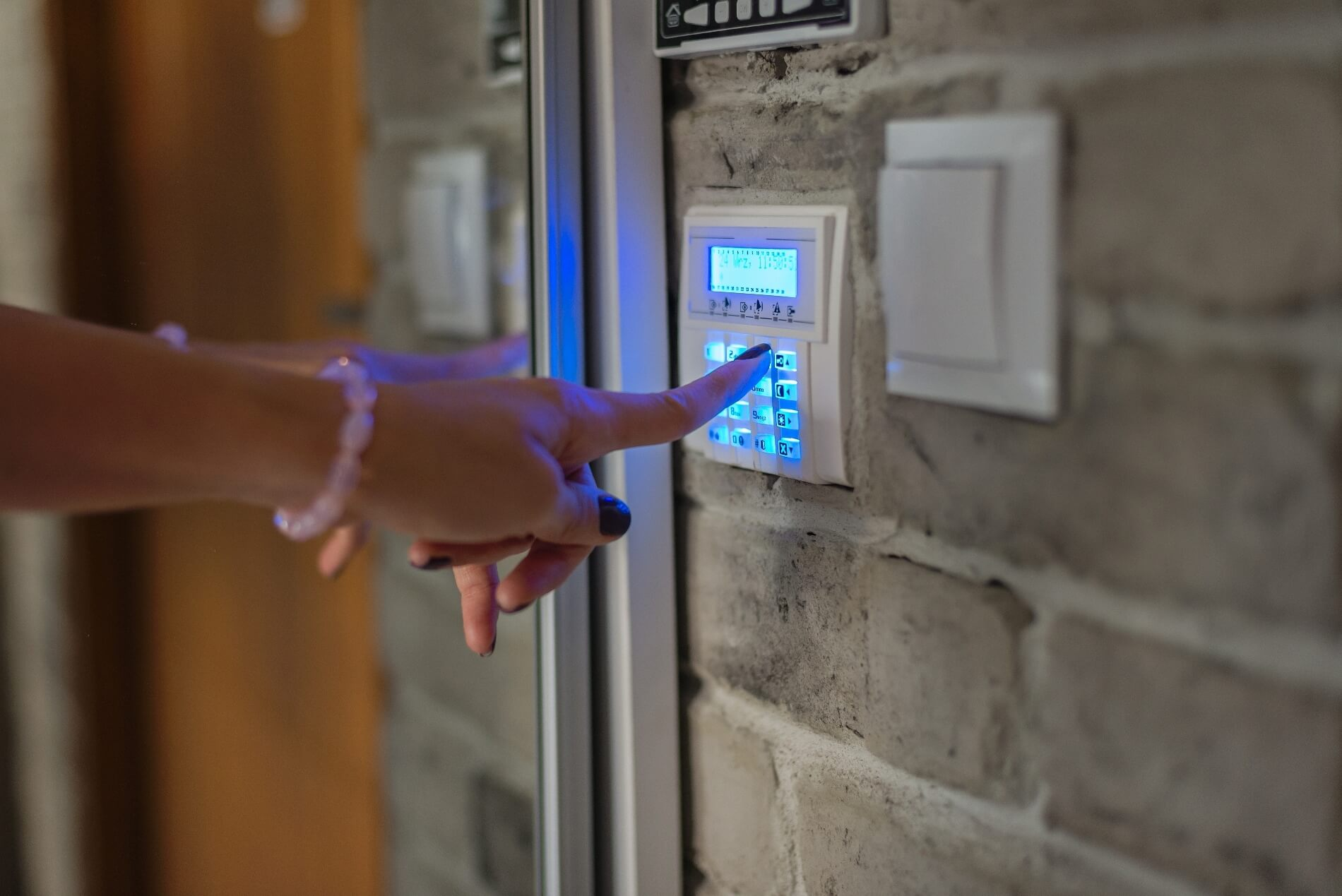 security alarm system service